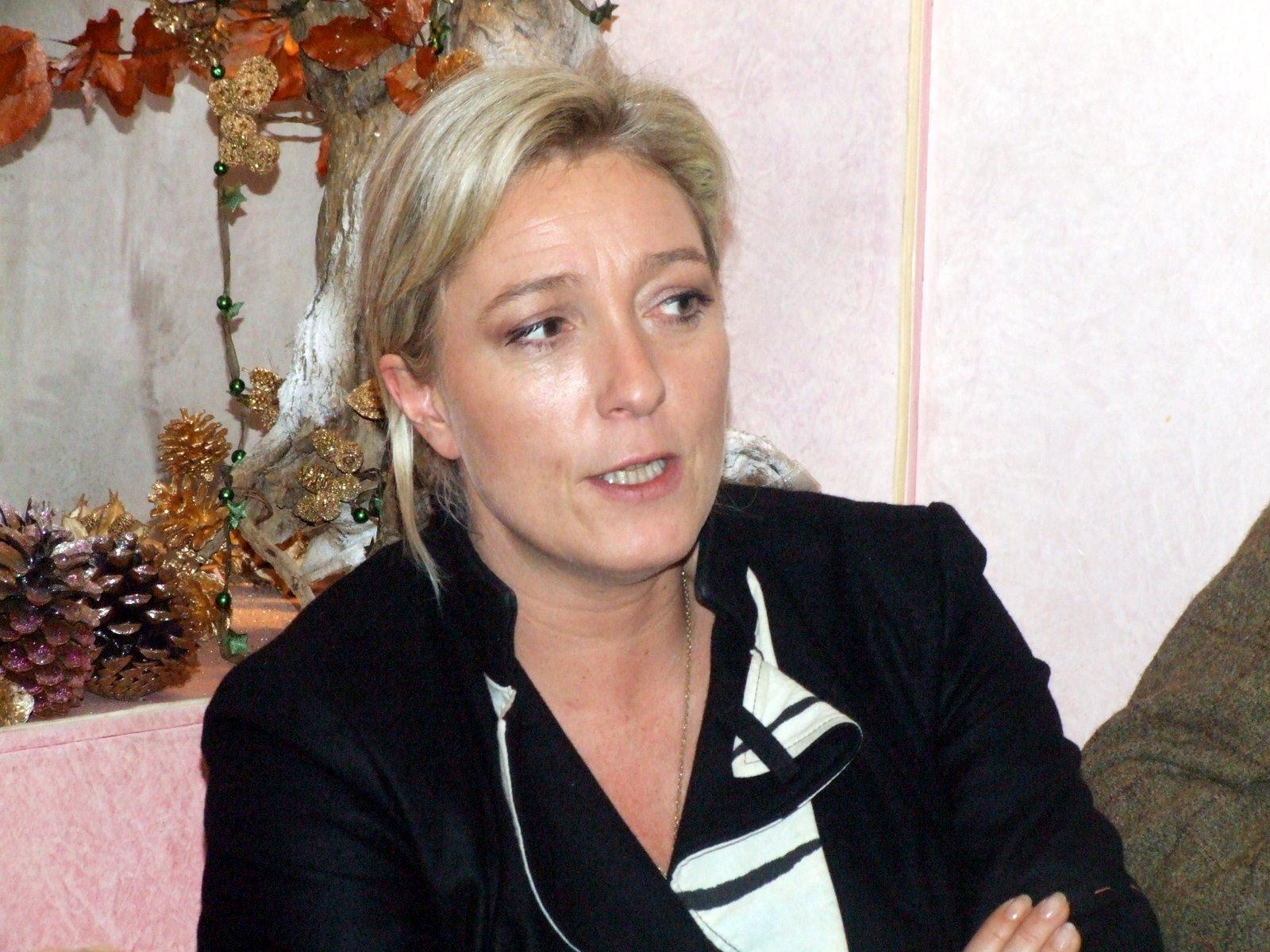 Marine Le Pen 2012 sondage Elections 2012 : Marine Le Pen arriverait en tête du 1 er Tour (Sondages)