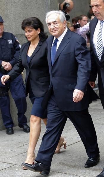 strauss photos006 350x600 Elections 2012 : DSK pourrait revenir dans la course